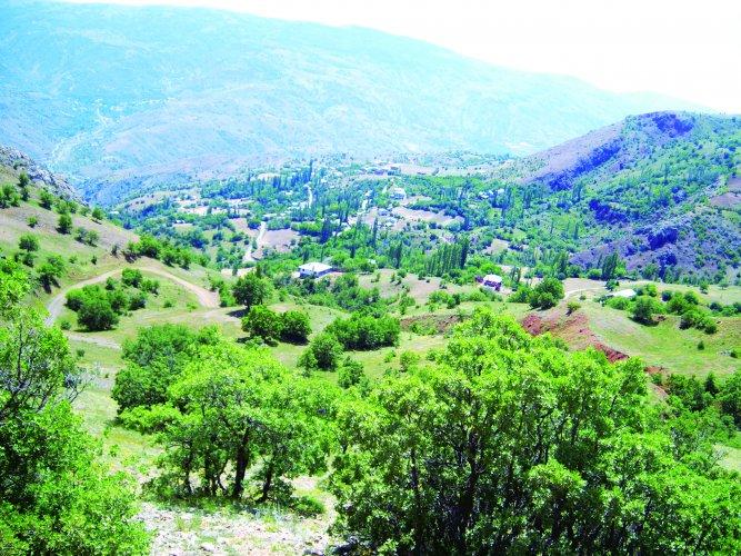 Akyapı Köyüne Berdiya dan bakış