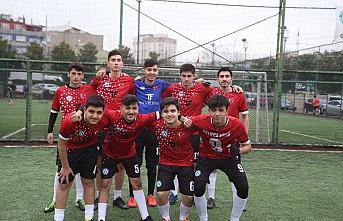 Usluca'da Şampiyon Çamlıyayla Spor
