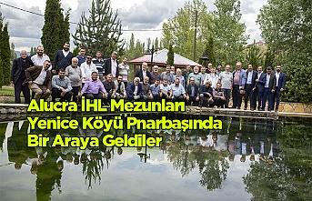 Alucra  İHL Mezunları  Yenice Köyü Pınarbaşında  Bir Araya Geldiler