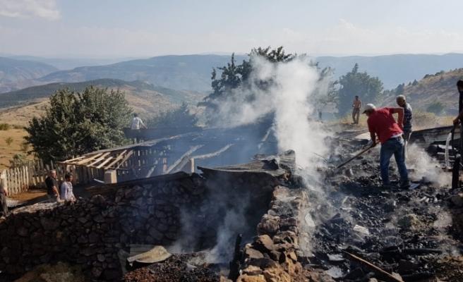 Dulundas'ta Korkutan Yangın