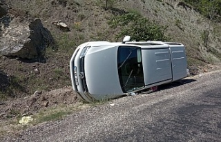 Çamoluk'ta Kaza İki Yaralı