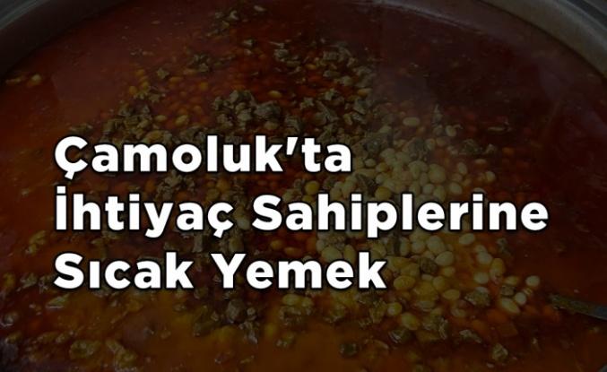 Çamoluk'ta İhtiyaç Sahiplerine Sıcak Yemek