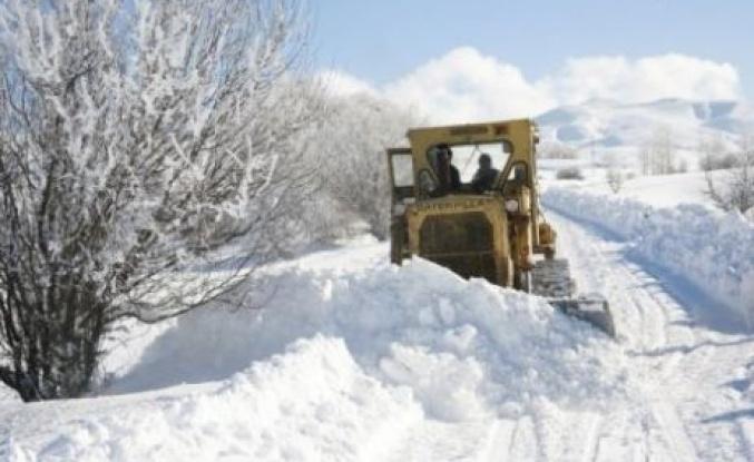 Çamoluk'ta 6 Köy yolu hala kapalı