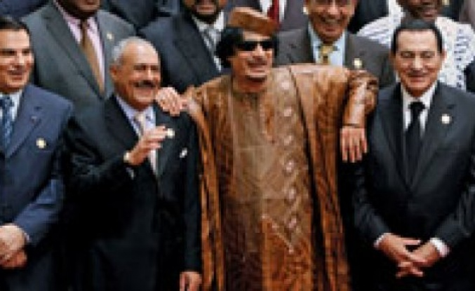 Libya'daki İsyan mı? Devrimmi?